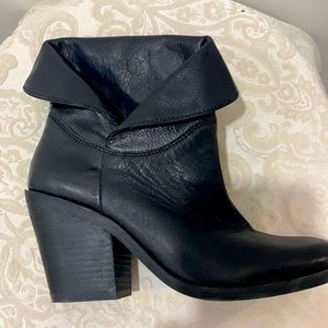 Lucky Brand Ethan black leather cuffed booties 6.5